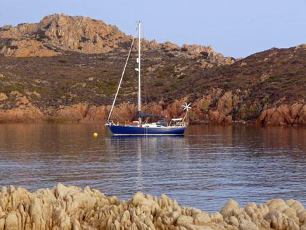 Caladh_moored_in_the_Maddalena_Islands.jpg