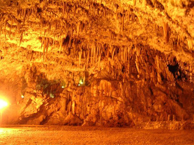 Drogarati_Cave.jpg