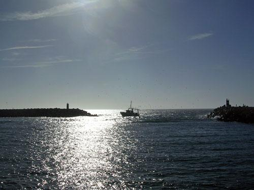 Fishing_Boat.jpg
