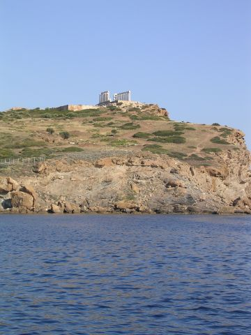 The_temple_at_Sounion.JPG