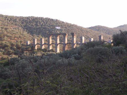 aqueduct_lesbos.jpg