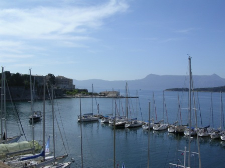 corfu_yacht_club.jpg