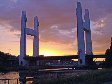 Vilvoorde_Bridge.jpg
