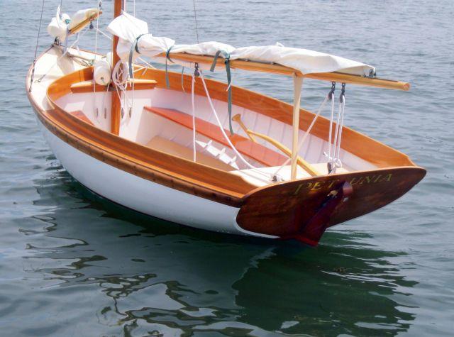 PETUNIA_moored.jpg