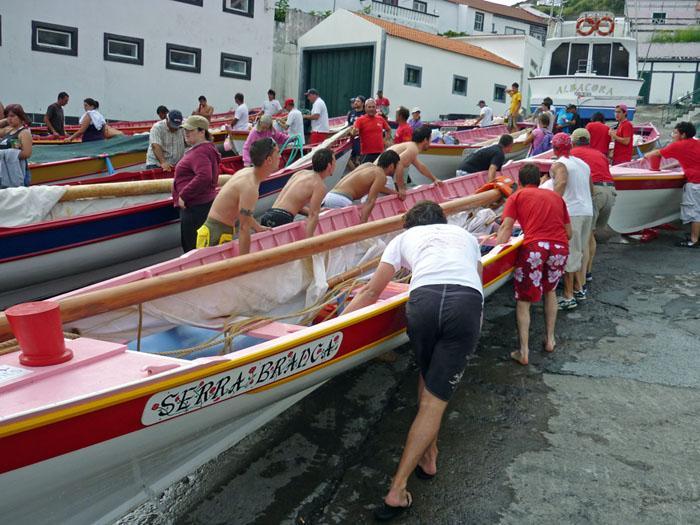 Whaleboats_Sao_Jorge.jpg