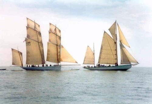 Breton_Classics_on_passage_to_St_Malo.jpg