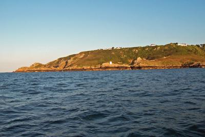 St_Martins_Point_on_Guernsey.jpg
