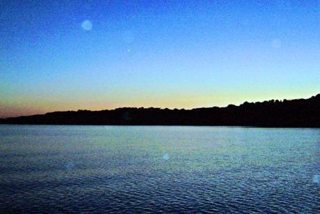 Sunrise_over_the_Morlaix_Estuary.jpg