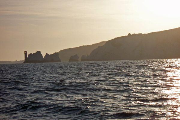 Sunrise_over_the_Needles.jpg